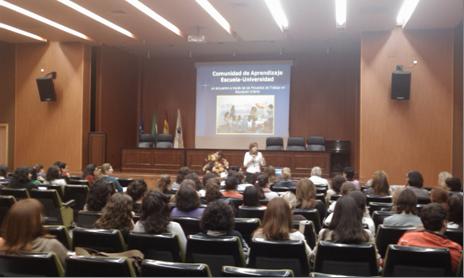 Primera sesión de presentación del proyecto al que asisten todos los colectivos implicados